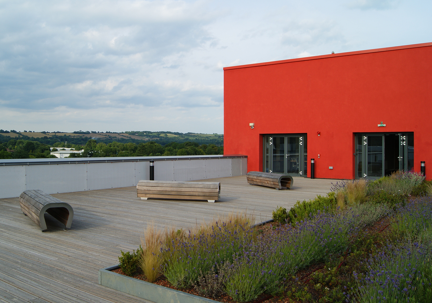Projects-Education-EastSurreyCollege-RoofGarden-1500x1050