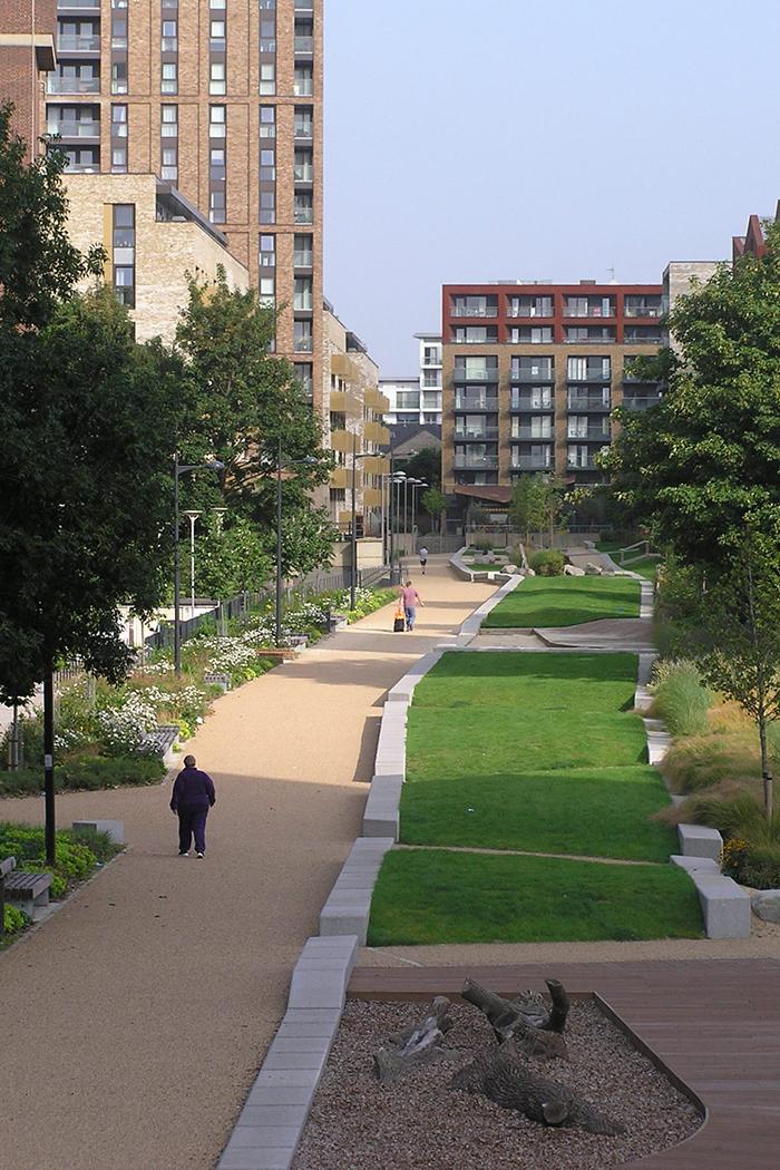 Projects-UrbanRegen-SurreyCanal-LinearPath-1050x700