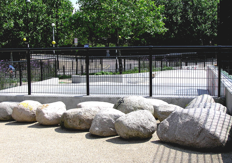 Projects-ParksPublicRealm-FolkestoneGardens-Stones-1500x1050