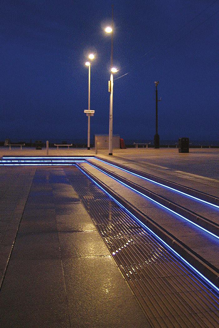 Projects-ParksPublicRealm-WaveneySunrise-Steps-1050x700