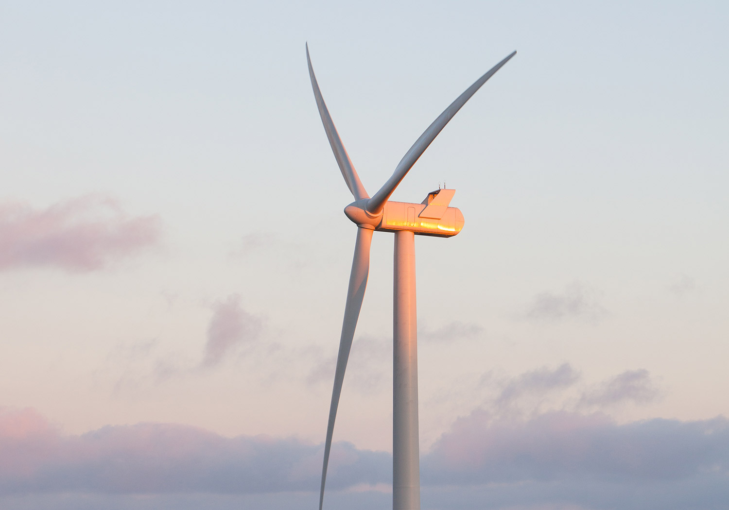 Projects-EnergyClimChg-GenOnshoreWind1-1500x1050